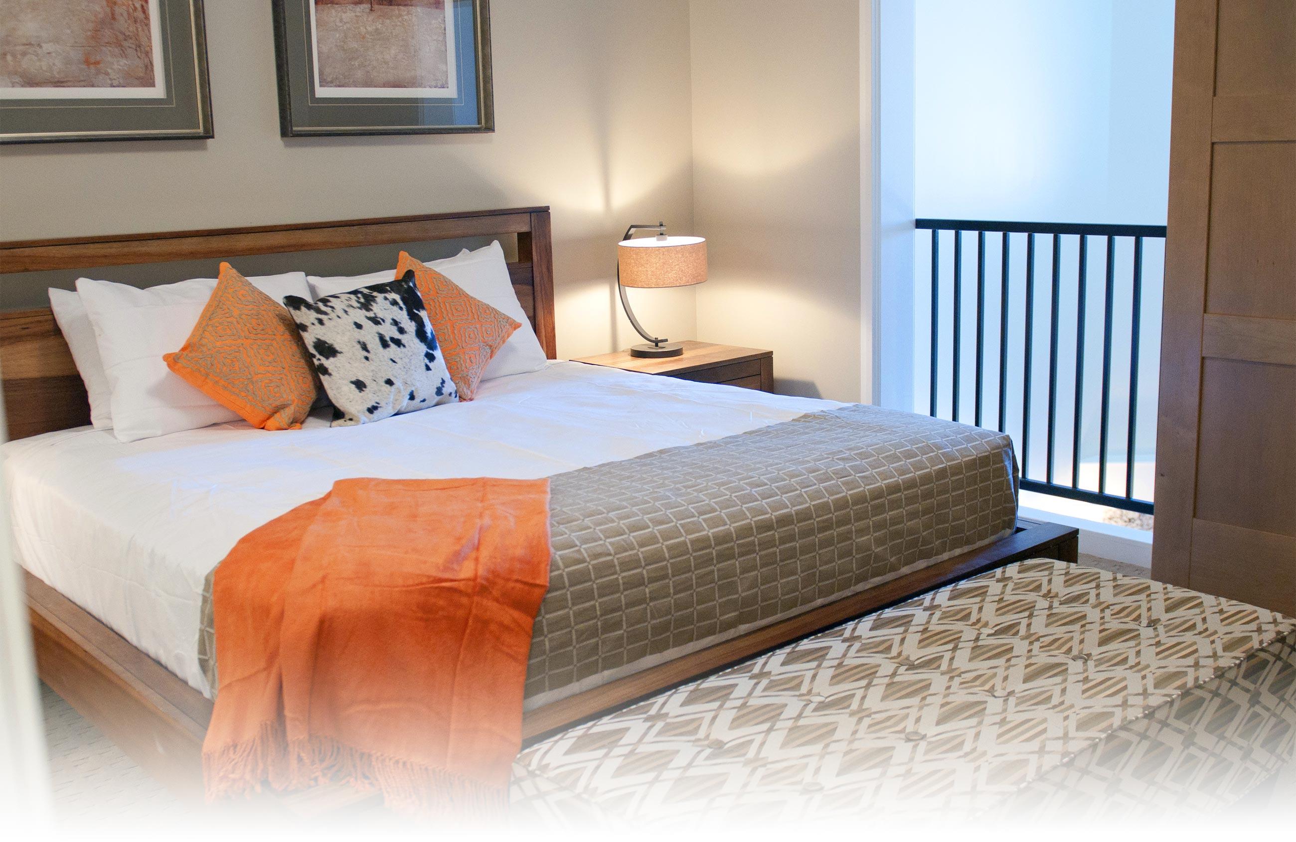 Master Bedroom In Suite 403